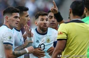 梅西从未如此愤怒,职业生涯第二红后拒绝领奖,称冠军为巴西准备