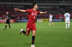 上港连续4年亚冠小组出线平恒大记录!16强对全北,3年前曾被打5-0