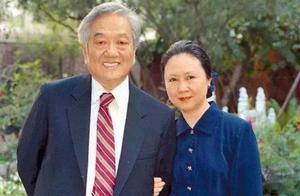 琼瑶丈夫平鑫涛去世,张睿发文悼念配流泪照遭网友吐槽