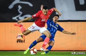 恒大主场2-2战平苏宁 郜林破门+伤退韦世豪点射扳平