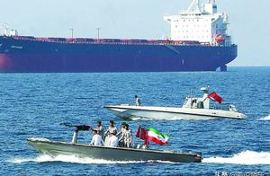 报复如期而至!伊朗对英国油轮下狠手,一天之内连续扣押了2艘?