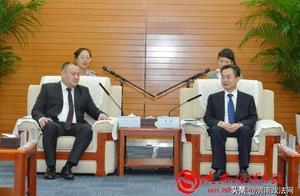李毅会见吉尔吉斯坦阿拉梅金区友城代表(图)