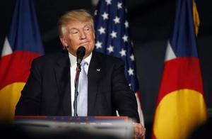 特朗普对华出招不计后果,美有人率先鸣不平,专家:愚蠢的选择