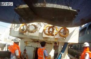 海南洋浦2艘渔船未经批准私自停靠新建码头,警方苦心相劝