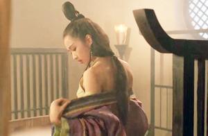 偷看美女换衣服,李连杰被人戏弄暴打,竟然无力还手