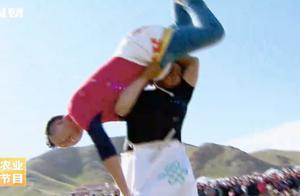 可怕的蒙古式摔跤,开始能僵持一两秒,瞬间就不知自己怎么上了天