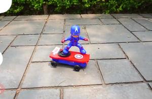 蜘蛛侠,美国船长滑板,绿巨人,战斗坦?#36865;?#20855;复核