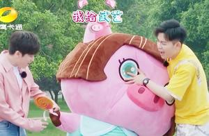 人偶总动员:大鱼赢得胜利,偶宝宝猪莉叶却喜欢武艺,扎心了!