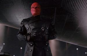 红骷髅野心不小,想让九头蛇成为世界之主,可惜他没问过美队意见