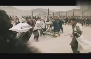 男子与虎谋皮,撕破脸后手臂瞬间被砍断,队友翻脸太残酷