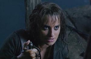 加勒比海盗4:莉卡假冒杰克,把杰克硬生生拖上贼船,是恋人?