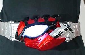 假面骑士Amazon变身器,万代出品的腰带,感觉还是很不错的