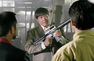 飞龙猛将:两人找洪金宝买枪,想不到这家伙有这么多宝贝,开眼了