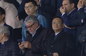 堪比夺冠!西班牙人球迷进场狂欢,老板为何如此淡定?