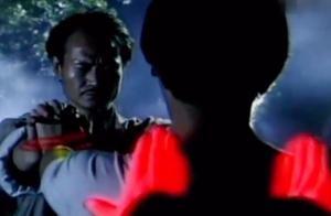 """林正英双手被废 意外遇到鬼差收魂 徒弟""""以筋换筋""""治好英叔双手"""