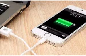 不管什么牌子手机,充电时万万不可做三件事,一样也不行!立马看