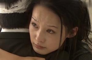 富少出车祸后失忆,灰姑娘急哭了,当看到护士的反应后灰姑娘怒了