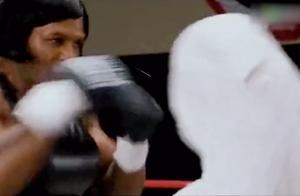 拳王泰森唯一一次与女拳手对打,比赛结果吓倒众人!