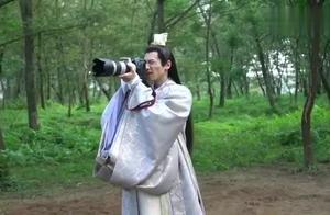 《白发》花絮:罗云熙现场教学照相技术?跟李治廷站一起好可爱!