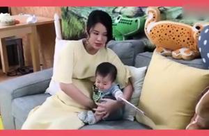 胡杏儿晒孕期工作视频,穿孕妇裙巨肚明显,与一群孩子拍摄累又甜