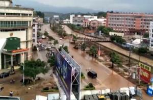 暴雨橙色预警:福建三明等地持续暴雨,全省启动应急响应救灾