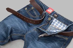 不管牛仔裤掉色多严重,用这种水浸泡半个小时,怎么穿都不褪色