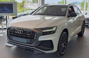 2019款奥迪Q8到店,打开无框车门那一刻,让我忘记了奔驰G500!