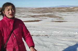 两个不常见雪的南方人自驾到了新疆看见雪就没忍住,真不好意思