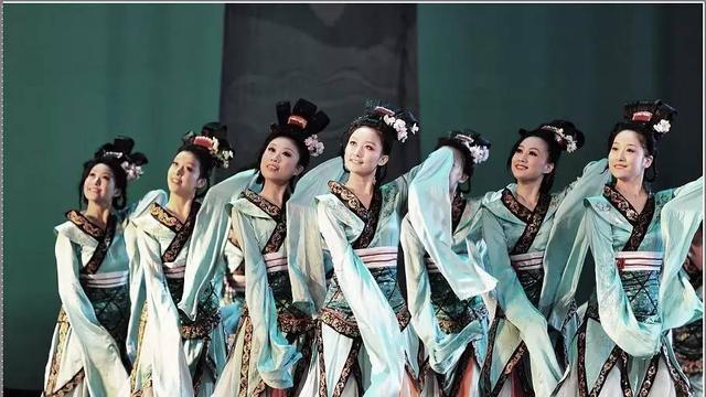 求描写古代女子跳舞的诗句