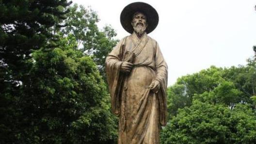 苏轼的《定风波》中作者仔词中是怎样表现这种人生态度的结合诗句作分析