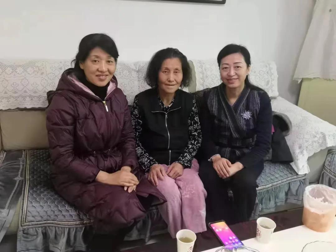新春送暖丨咸阳市第一人民医院慰问离退休老干部和困难职工