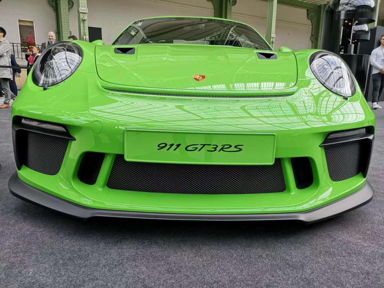 揭密华为公司Mate RS保时捷设计身后小故事:为911 GT3 RS设计方案的订制版