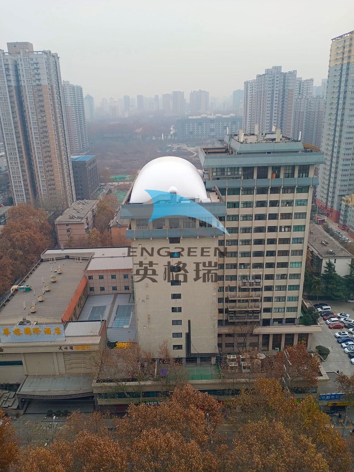 用膜建筑室内体育馆当隔热层是很多楼顶建筑的不错选择
