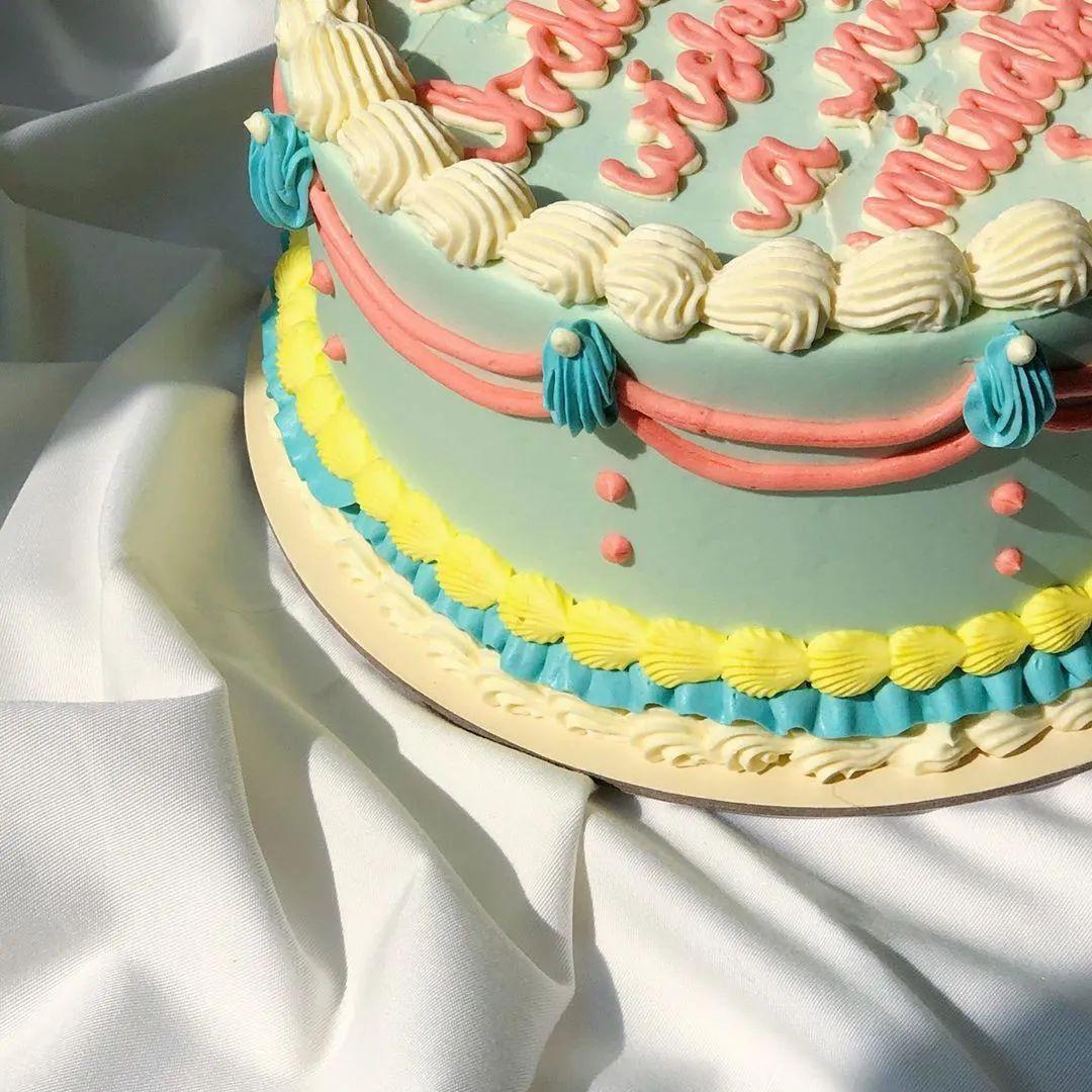 美的食物才叫美食,蛋糕这样裱花,太美了