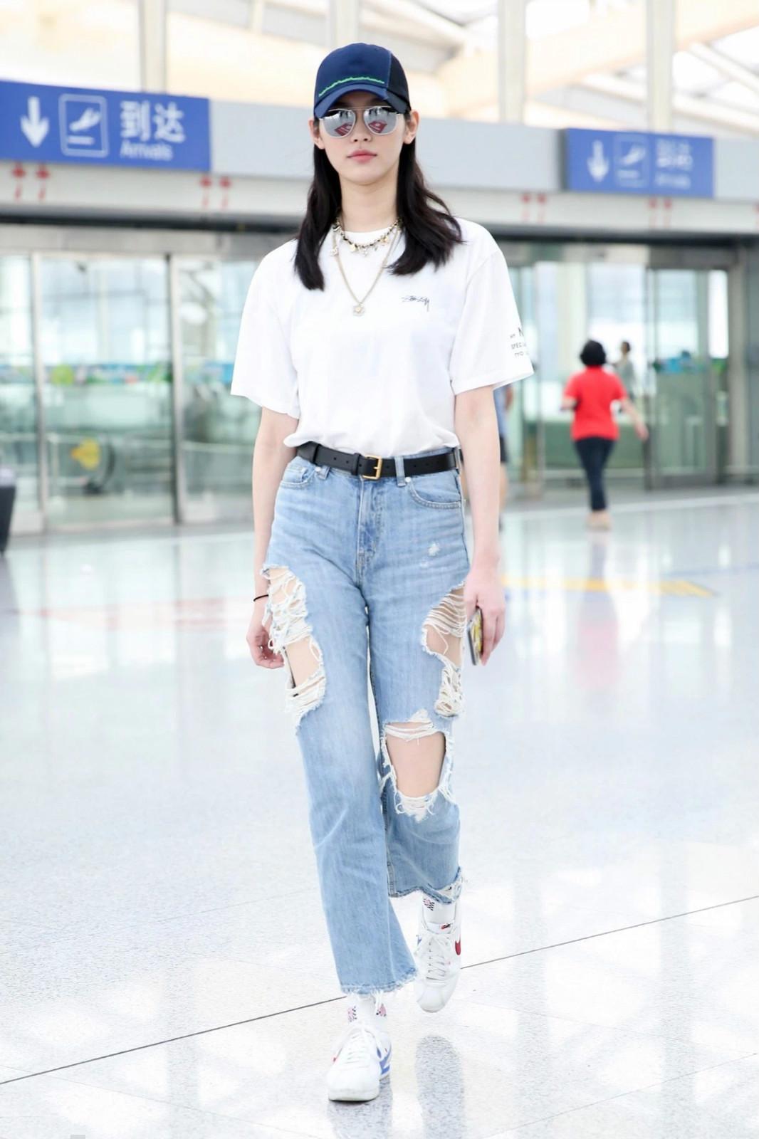 """夏天白t恤""""挑选+穿搭技巧"""",如何买到适合自己的t恤?"""