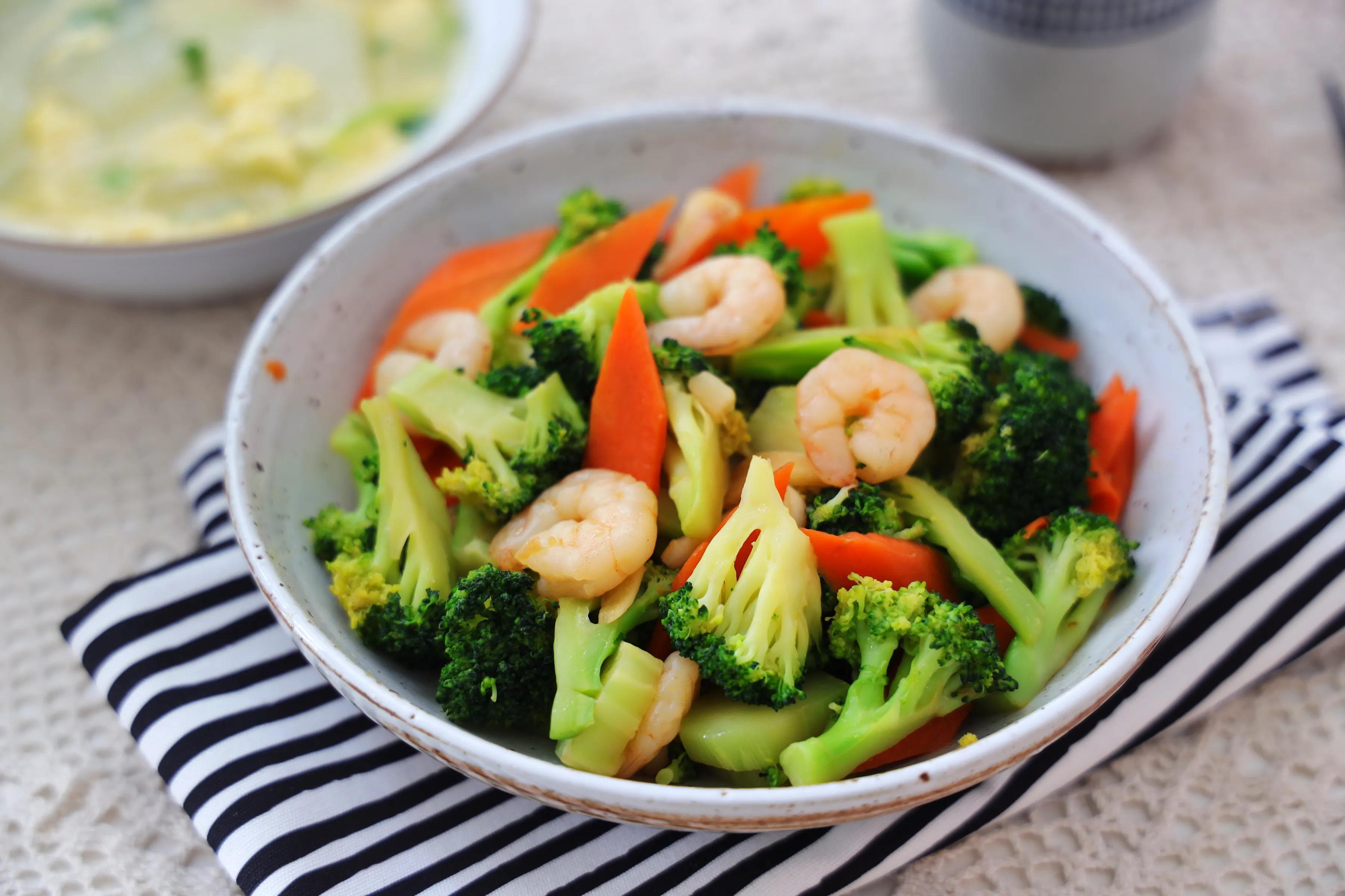 天气热,这5道下饭菜超棒!低脂低热量,膳食纤维高,多吃身体棒