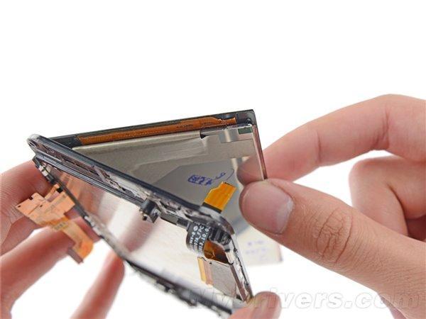 HTC One M8完全拆解:做工精湛/坏了就哭