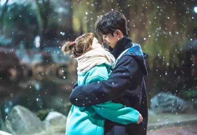 看《举重妖精金福珠》如何教你谈一场纯纯的恋爱