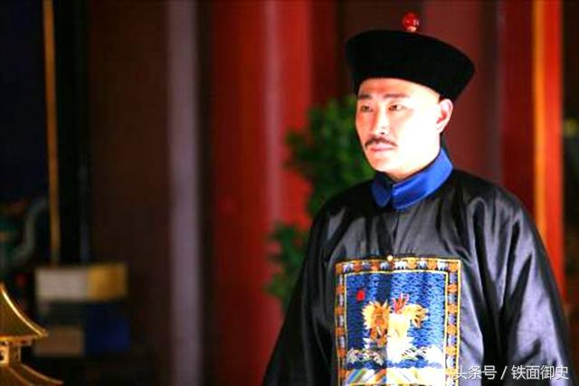 康熙皇帝内臣爱华奇瘋狂敛财,为什么未被处理,皇帝打的什么吉祥如意算盘珠