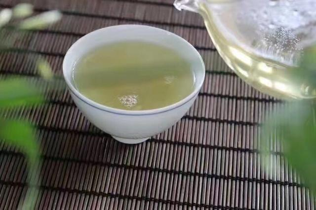 什么是纯料普洱茶,与拼配有什么不同?
