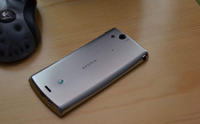 欲哭无泪!这可能拥有最美弧线外观手机,你会考虑吗?