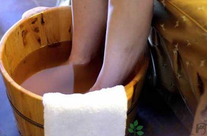 茶叶水泡脚