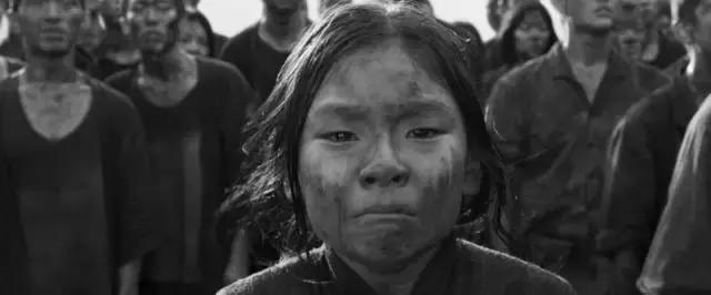 """《军舰岛》:电影是否可以成为那些被掩埋历史的""""广告""""?"""