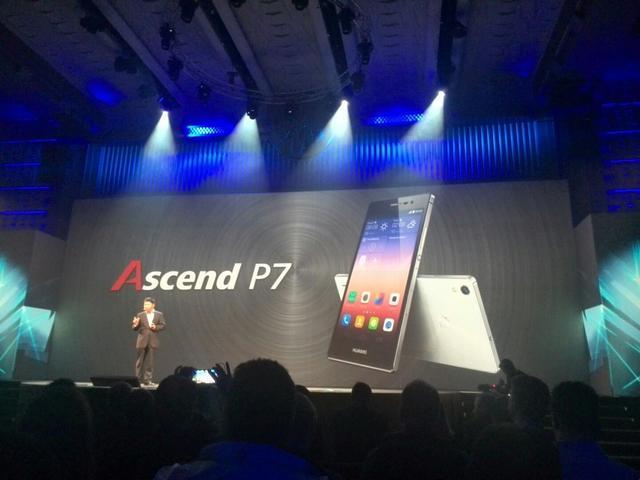 华为P7旗舰手机值不值得买?看十大优缺点