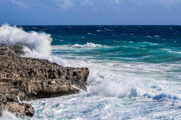 关于大海的励志短语有哪些