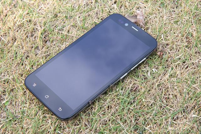 今年过节不收钱 实用才是王道 400元内手机推荐