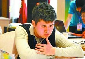 在所有的全国象棋冠军中水平最差的2个人是谁?