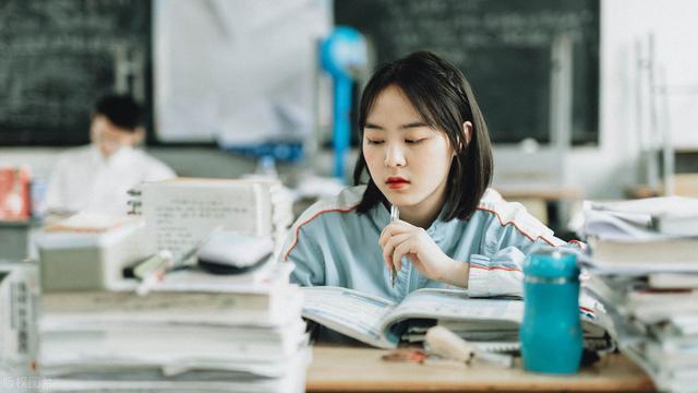 上海第四中学和徐汇中学相比较哪个好?各个学校又有什么特点