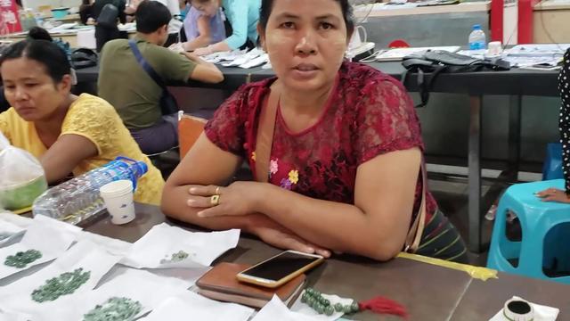 为什么有的缅甸人钟爱磨翡翠戒面?