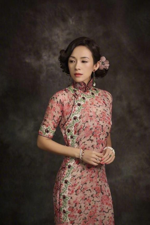 天生适合穿旗袍的女人,身上都会有这4个特征,穿上便是倾国倾城-第8张图片-IT新视野